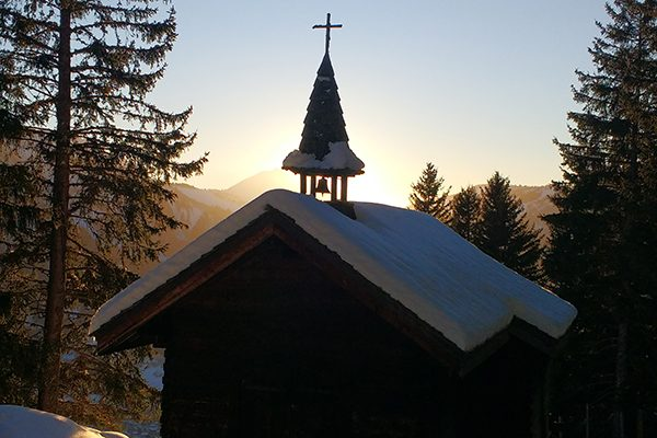 chapelle soleil couchant